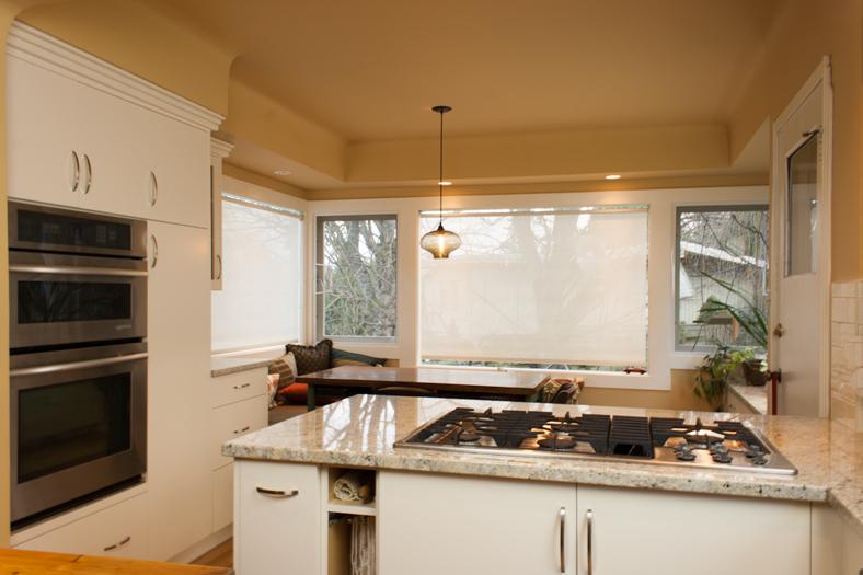 custom-kitchen-nook-victoria